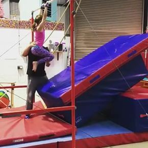 Flyaway drill that is fun for everyone! :) #recgympros . . . . #Repost @j21_gymnastics_club (@get_repost) ・・・ Great work on bars tonight from some of the recreational girls starting some prep work on flyaways off bars. Great start . . #artisticgymnastics #gymnastics #recreationalgymnastics #bars #swinging #flyaway #backaway #somersault #preps #newskill #basics #trusttheprocess #progression #training #hardwork #westonsupermare