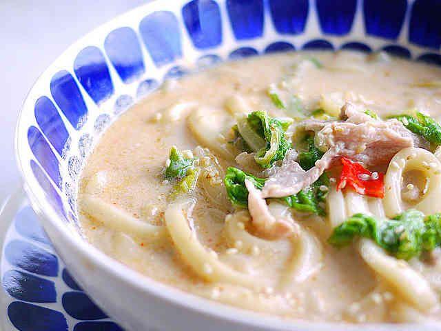 ランチ♪豚肉と白菜で豆乳ピリ辛味噌うどんの画像