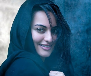 Sonakshi Sinha A Beautiful And Attractive Talented Actress from Bollywood - All In One Wallpapers And Images Blog
