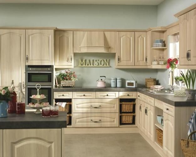 kitchen trends and green color for kitchen decorating