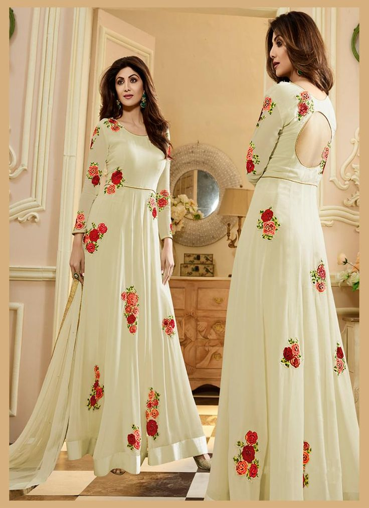 #bollywood #bollywoodactress #bollywoodfashion #style #fashion #beauty #indian #love #ethnicwear #ethnic #indianwear #bridalwear #bollywood #fashionista #shilpashetty