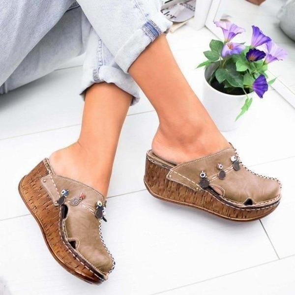 Na Zewnatrz Ponuro Ale Nasze Klientki W Sercach Maja Lato Balerinki Na Specjalne Zamowienie W Pieknej Fuksji 7milshoes Spe In 2020 Shoes Sandals Pool Slides