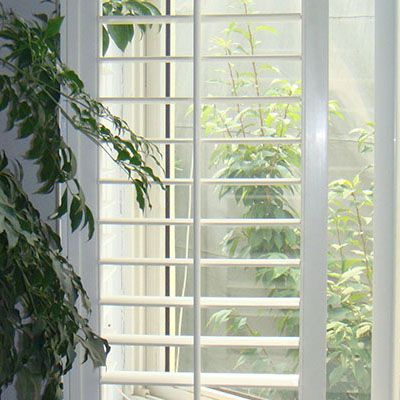 17 best ideas about plantation shutters cost on pinterest plantation blinds shutter blinds. Black Bedroom Furniture Sets. Home Design Ideas