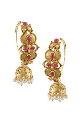 Hard not to go nuts about these perfect traditional earrings and the pretty colour.