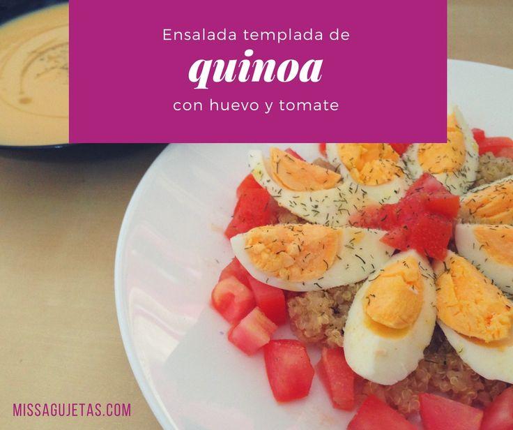 Prueba esta ensalada templada de quinoa, huevo y tomate. Está deliciosa y es muy fácil de hacer. ¡No te la pierdas!