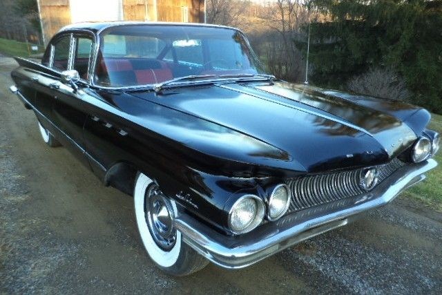 Family Hobby Car: 1960 Buick LeSabre - http://barnfinds.com/family-hobby-car-1960-buick-lesabre/