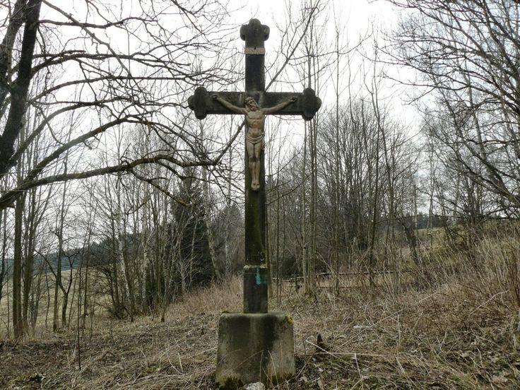 Kříž v zaniklé obci Zahrádka (Haag)