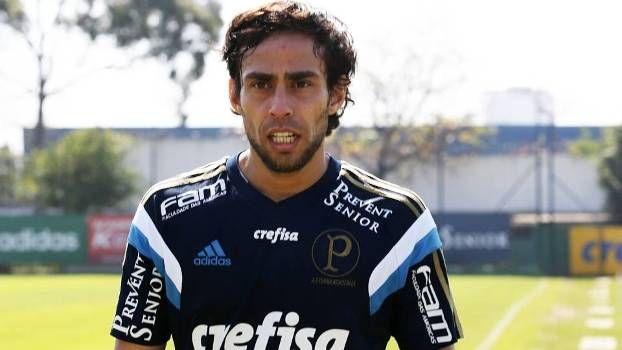 Valdivia se despediu da torcida do Palmeiras nesta segunda
