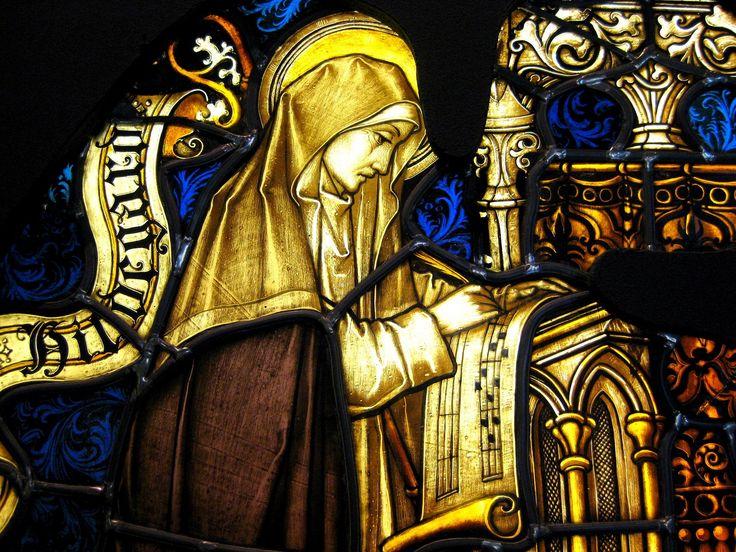 HILDEGARDA DE BINGEN (1098 Bermersheim - 1179 Rupertsberg) fue abadesa, líder monástica, mística, profetisa, médica, compositora y escritora alemana. Es conocida como la Sibila del Rin y como Profetisa teutónica. El 7 de octubre de 2012 le será otorgado el título de Doctora de la Iglesia por el papa Benedicto XVI.