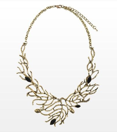 This fabulous short necklace features wild branches! Perfect for pairing with high neckline tops and dresses.
