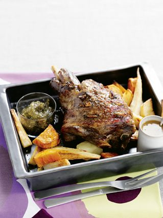 Classic Lamb Leg Roast. Try this great classic lamb roast with fresh mint gravy for an amazing flavour combination. #Woolworths #recipe #lamb #AustraliaDay  http://www.woolworths.com.au/wps/wcm/connect/Website/Woolworths/FreshFoodIdeas/Recipes/Recipes-Content/classiclamblegroast