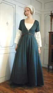 1470s Swiss gown, with fabric layout