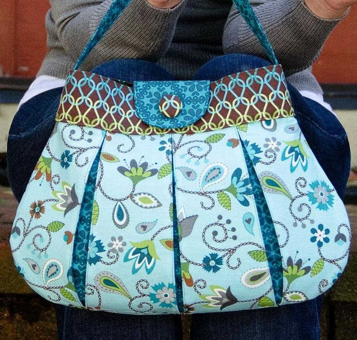What a cute bag pattern!