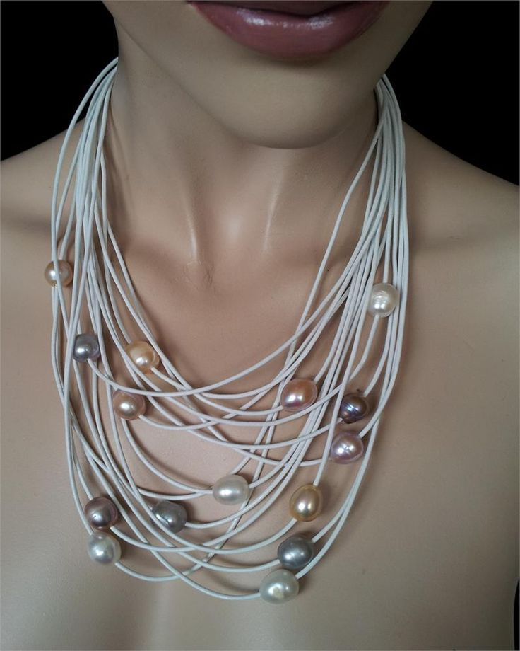 Necklace Lulu white