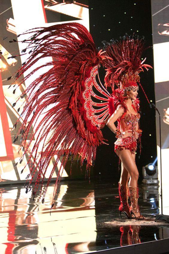 16-Miss-Venezuela-Miss-Universe-2015-National-Costumes-Tom-Lorenzo-Site: