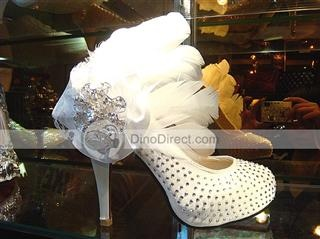 Rhinestone feather high heels. Wow!