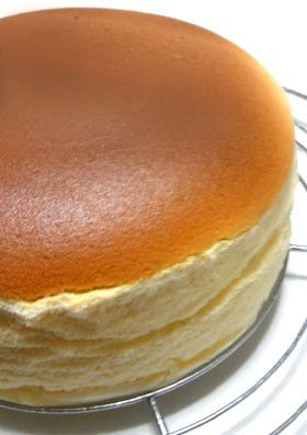 Japanese souffle cheesecake..this sounds impossible