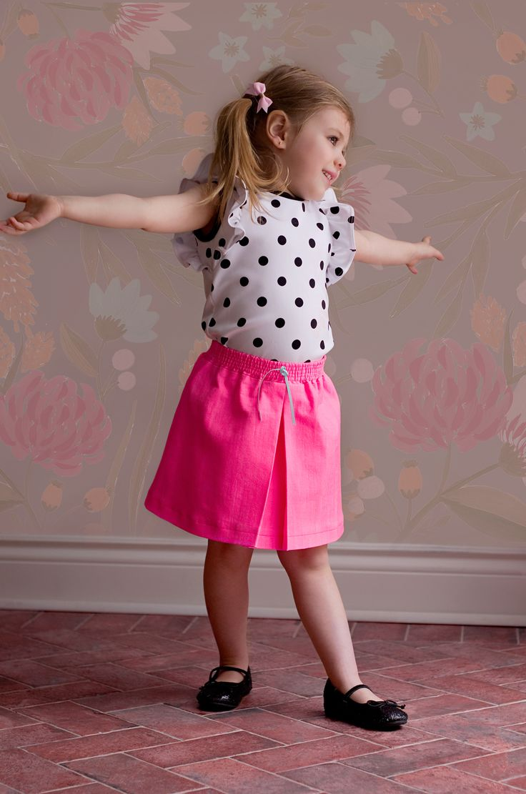 Polka dots Willow Dress Hack and  neon pink Jolie Skirt from One Thimble 10- Filles à Maman, Bubby and Me,