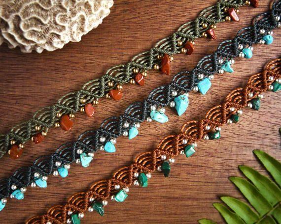 Bracelets de cheville en macramé avec des pierres
