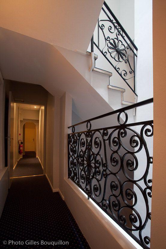 Pour accéder aux chambres de l'hôtel ROYAL WILSON. On your way to the rooms, Hotel royal wilson Toulouse centre.