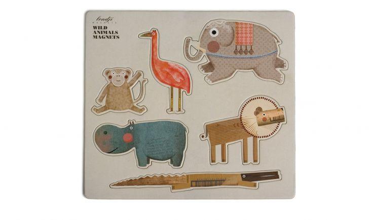 Wild animals magnets *** Wie speelde nou niet graag met magneten als kind? Inderdaad, niemand. 6 leuke figuren, ontworpen met de nodige portie creativiteit en fantasie. Kleeft ze aan de frigo, op een bord, deurklinken,… Leuk en origineel om als geschenk te geven!