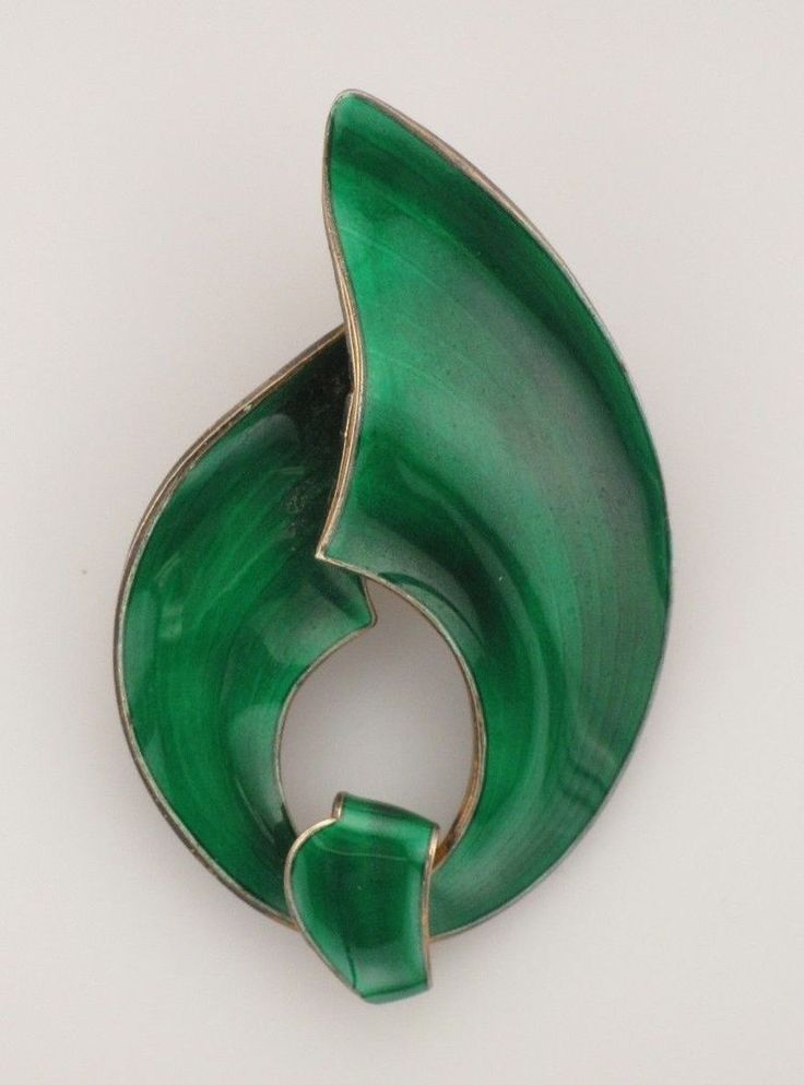 Beautiful Norwegian Emerald Green Enamel Silver Brooch