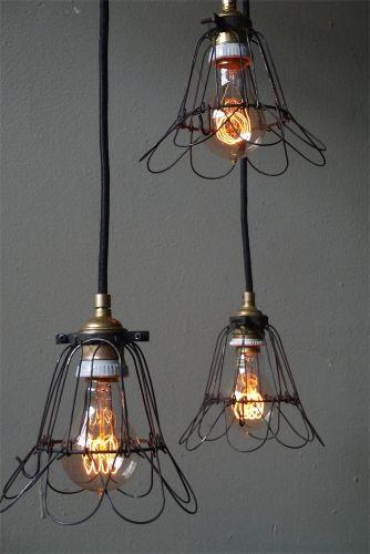 lampe suspension baladeuse industrielle cage metal