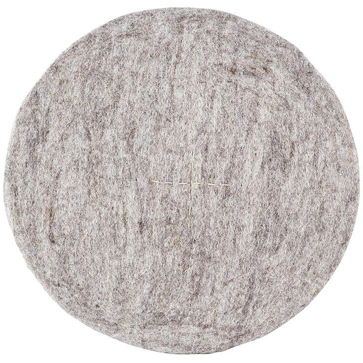 Round stolpute, lysegrå – House Doctor – Kjøp møbler online på ROOM21.no