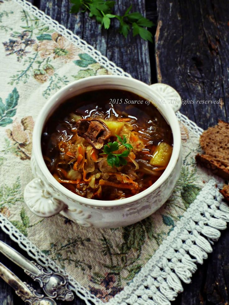 Капусняк з грибами (Traditional Ukrainian Cabbage Soup)