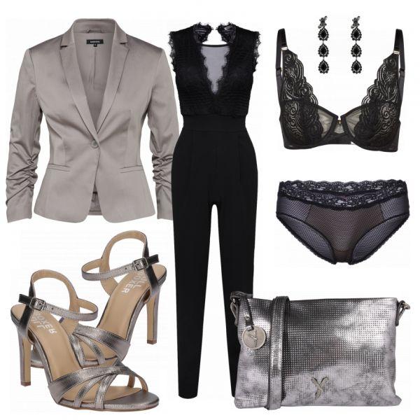 Atemberaubender Abendlook aus einem schwarzem Jumpsuit, sexy Unterwäsche und schönen High Heels in Silber.. #mode #damenmode #frauenmode #outfit #damenoutfit #frauenoutfit #fashion #fashionista #fashionidol #trend #trend2018 #modetrend #sommer2018 #summerstyle