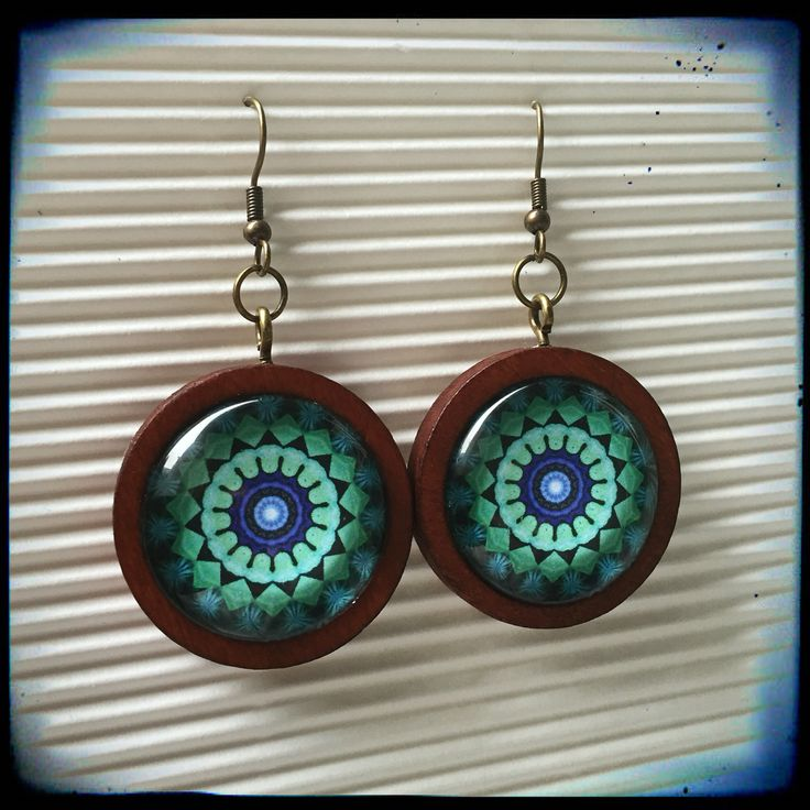 Mandala turquoise earrings with wooden frame