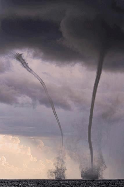 On May 2, 2011, Twin waterspouts appeared in the Harbor of Kakaako, Honolulu, Hawaii