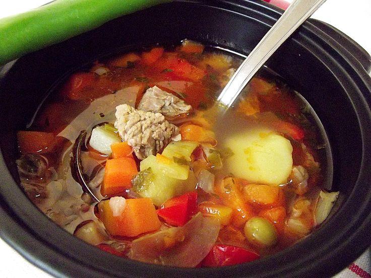 Ciorbă de legume cu carne de vită