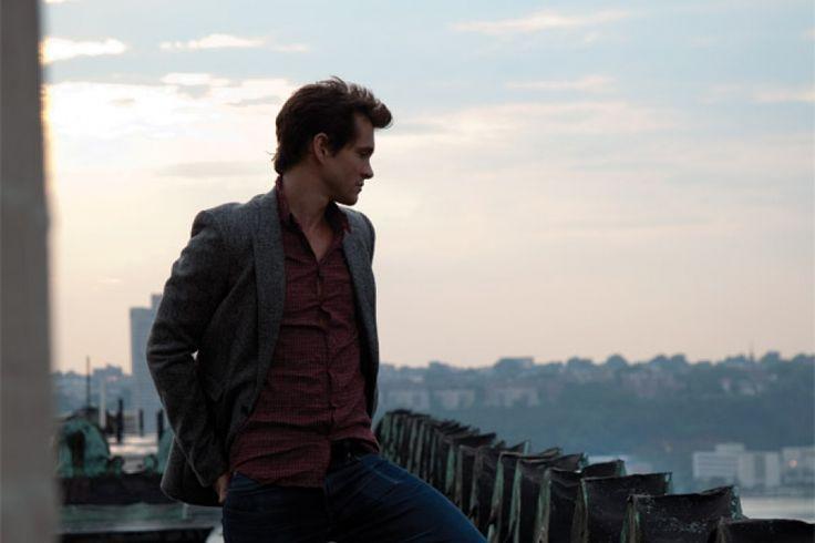 Hugh Dancy   Moves   Fashion & Lifestyle… Online
