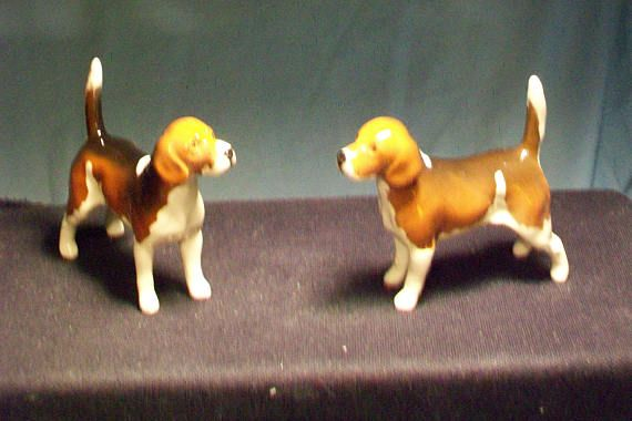 Two Beagle Figurine Beswick England