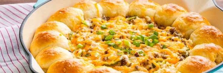 Keep the home team satisfied with this spicy Sausage Jalapeno Popper Dip recipe. The Jimmy Dean Premium Hot Pork Sausage and melted cheese won't last all game.