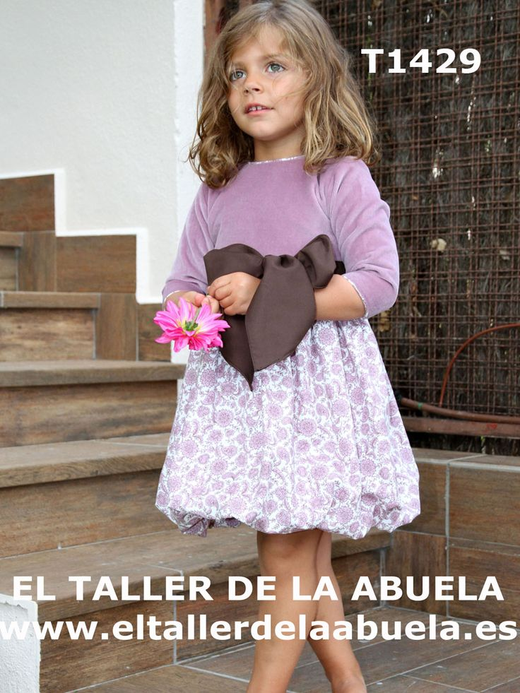 Ropa de niños - Vestido con cuerpo en terciopelo y falda estampada de viyella malva y marrón  de la colección de invierno de El Taller de la Abuela. Moda infantil
