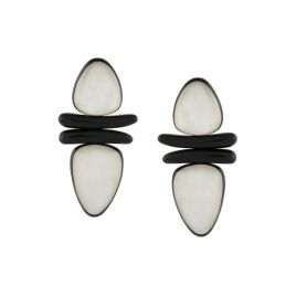Monies pearl leaf clip on earrings http://rstyle.me/~abCtf