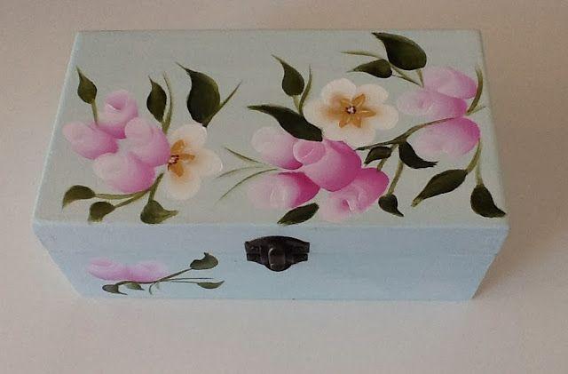 #cajitas decoradas #cajas de madera #decorar cajas #cajas bonitas #cajas con flores #cajas románticas #cajitas #caja