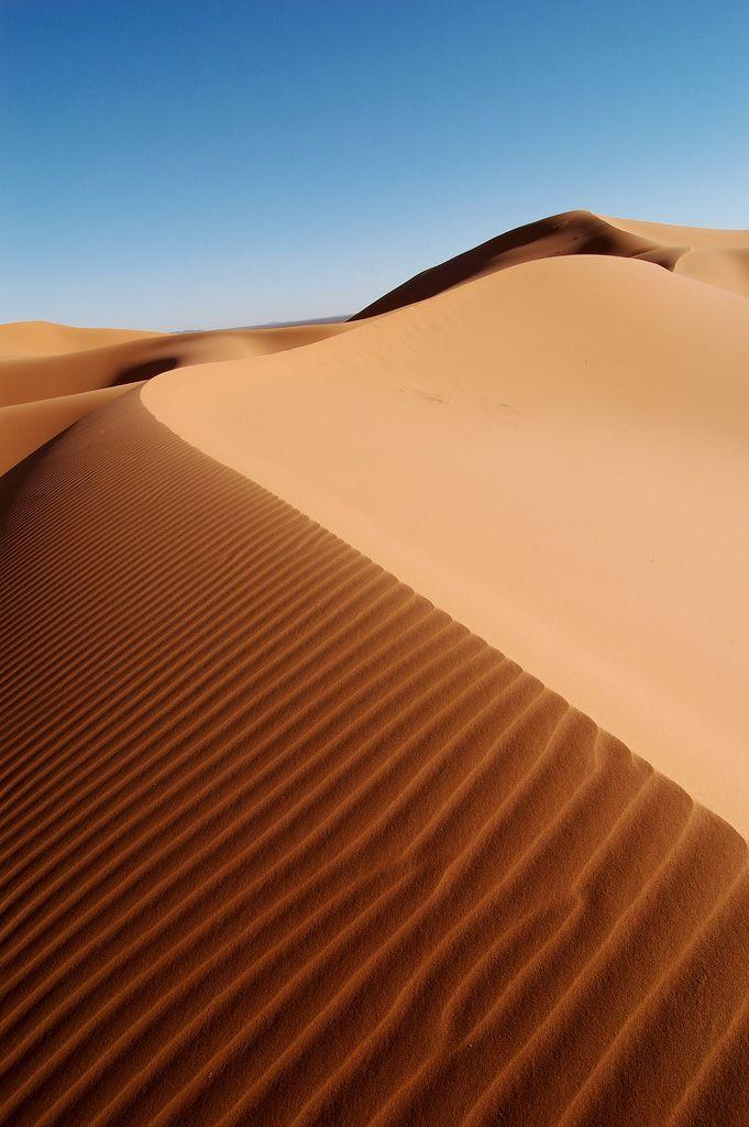 Erg Chebbi, Morocco. Photo (cc) Rosino.