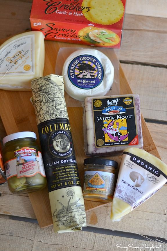 Holiday Gift Idea for Cheese Lovers: California Artisanal Cheese Gift Basket