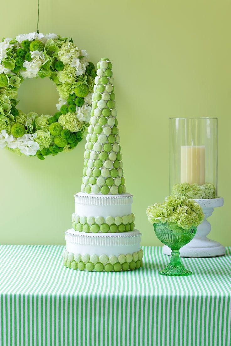 #NOVARESE #weddingcake  #white  #green #flower #leaf #macaron #natural #http://dress.novarese.jp/