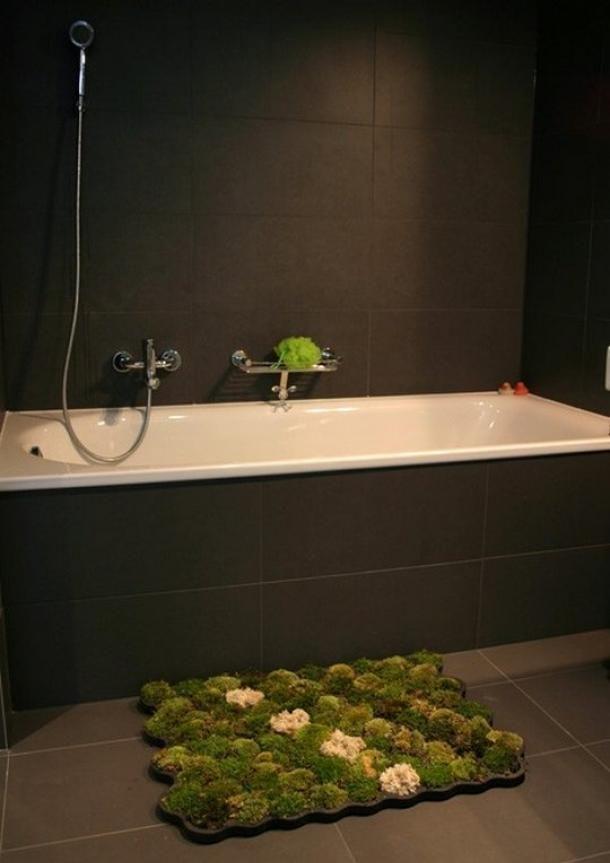 Living Moss Bath Mat by Nguyen La Chanh - Homeli