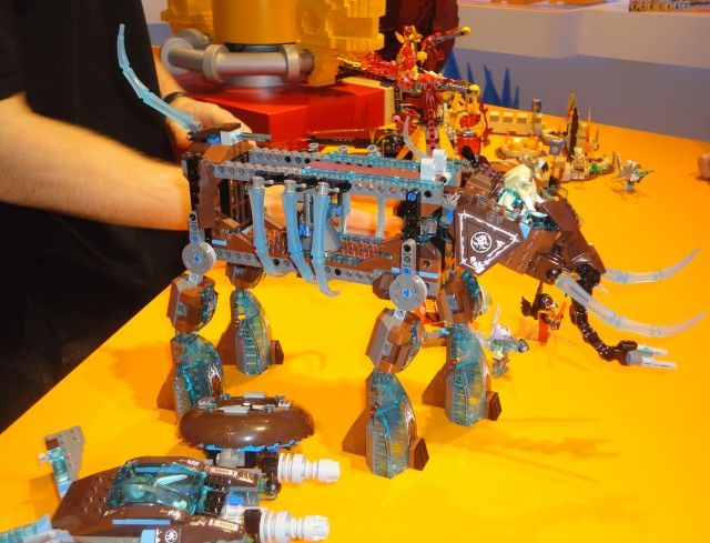 LEGO Legends of Chima Maula's Ice Mammoth Stomper 70145 Summer 2014 LEGO Set