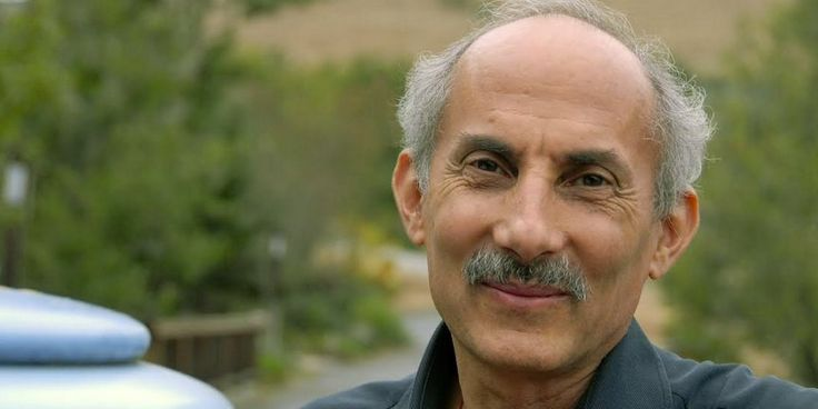 Buddhist Teacher Jack Kornfield on cultivating gratitude through mindfulness and learning to embrace suffering.