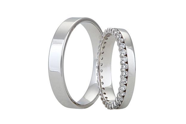 Vyznáváte jemnější a elegantnější vzhled? Pak jsou pro Vás tyto prsteny jako stvořené.