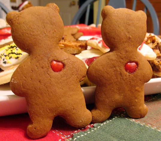 Gingerbread Bears with Hearts: Sweet, Heart, Recipes, Holiday Valentines, Holiday Valentine S, Valentines Day Treats, Holidays Valentines