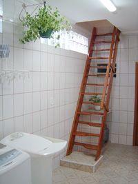 Escada para sótão e alçapão Praktica