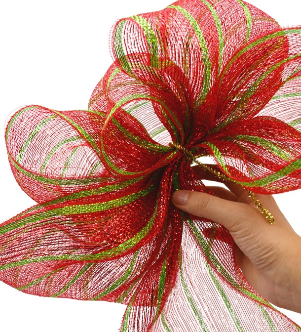 Making a Bow with Deco Mesh