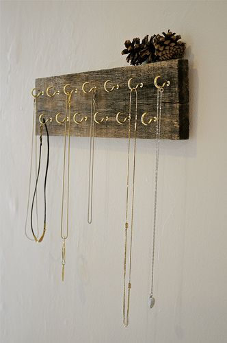 reclaimed wood necklace holder--could work for belts, scarves or ties too.